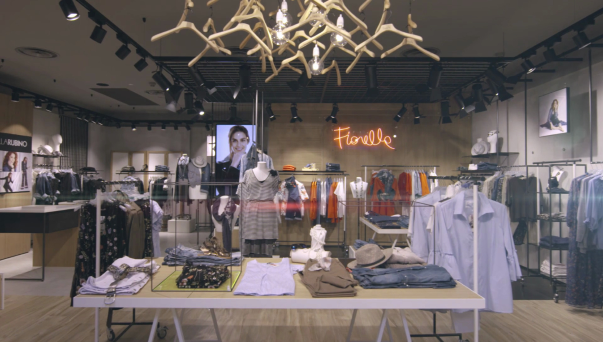 Fiorella Rubino store front