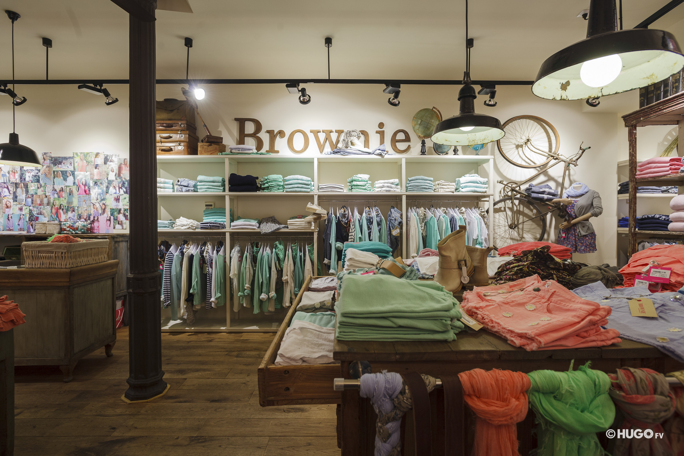 Brownie store inside